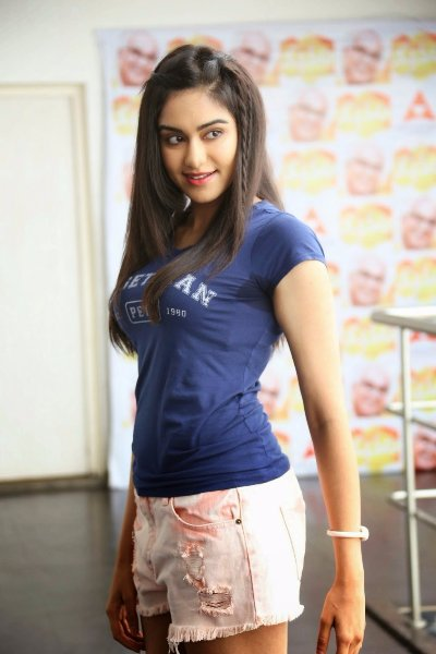 adah-sharma-hot-hd-photos-wallpapers.jpg